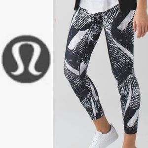Lululemon high times pant mist 10
